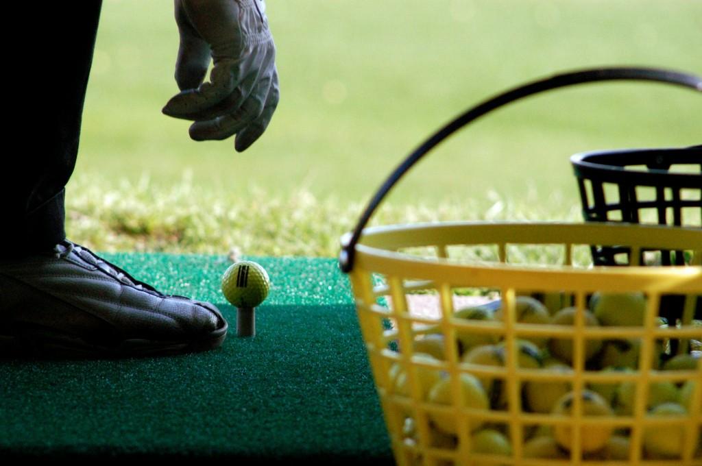 ゴルフ練習場とボール
